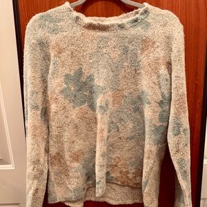 JH Collectibles Womens Sweater size xl